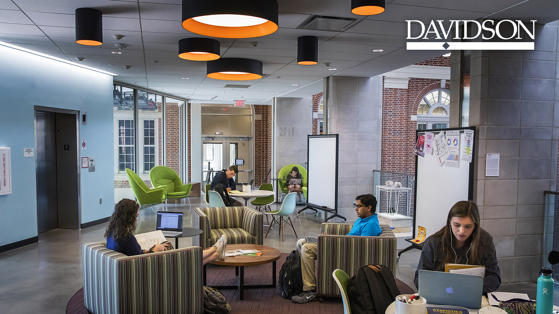 Students Studying in Wall with Davidson Bar and Diamond Logo